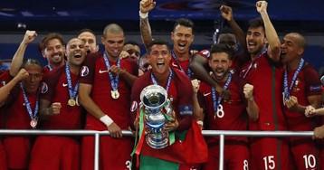 «Сегодня мы стали историей Португалии». В интернете появилась речь Роналду после финала Евро-2016