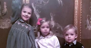 Royal Christmas Cousin Cuties! Princess Madeleine Shares the Sweetest Festive Photo