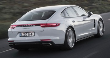 Hotter Porsche Panamera E-Hybrid Coming To Geneva With At Least 500 HP