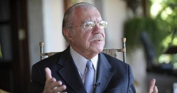 Para o STF, Sarney merece foro privilegiado; Lula, não