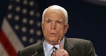 """Маккейн призвал расследовать """"вмешательство"""" РФ в выборы президента США"""