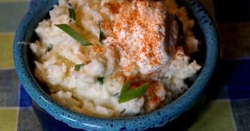 Картофельное пюре со сметаной и паприкой