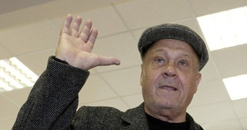 Режиссер Меньшов подтвердил передачу денег ополченцам Донбасса