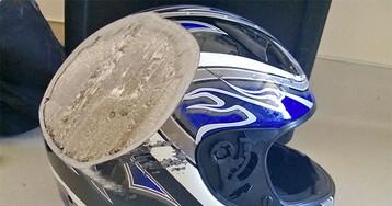 Берегите голову: пострадавшие в авариях поделились фотографиями шлемов, спасших им жизнь