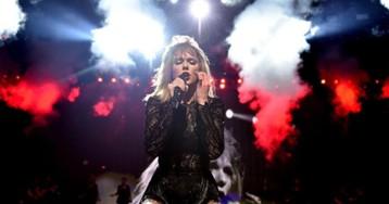 Taylor Swift está compondo músicas e gravando novo álbum