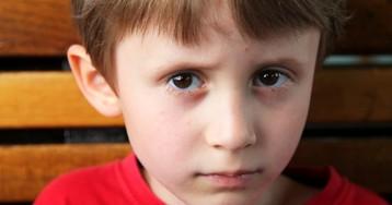 Мой шестилетний сын боится плавать и не доверяет малознакомым людям…