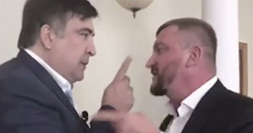 "Саакашвили закатил истерику у главы Минюста: ""Я страну построил, ублюдок!"""