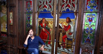 Не подарили, а нарисовал: 15-комнатные хоромы Никаса Сафронова в центре Москвы