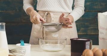 Как приготовить пирог в одной посуде: 5 лайфхаков и простой рецепт