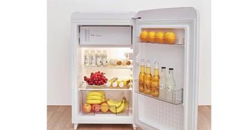 Xiaomi представила стильный холодильник Mini Retro Refrigerator и беспроводную электрошвабру