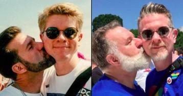 """Casal gay recria foto 25 anos depois """"para que jovens vejam que amor duradouro existe"""""""