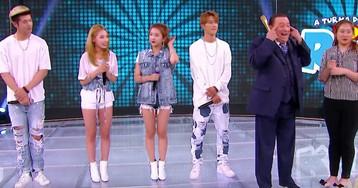 Raul Gil é acusado de racismo após fazer piadas com banda sul-coreana de k-pop
