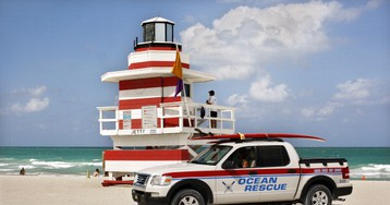 A Drunk Guy Livestreamed His Police Chase on a Florida Beach