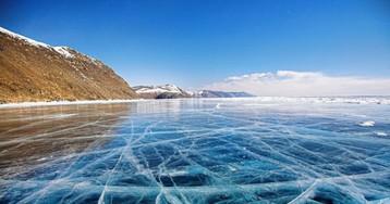Иду поледяному озеру ивдруг слышу сильный треск…