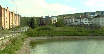 В Красноярске неизвестные пытаются осушить озеро в Ветлужанке