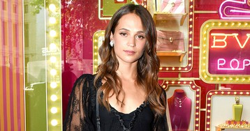 Alicia Vikander Can Now Lift Her Own Weight Thanks to Her Intense Training forTomb Raider