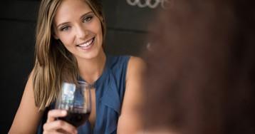 Как мысподругой напились вина, аона давай звонить мужу иругаться