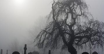 Как ярешил срезать дорогу через кладбище ислучайно потерял там ключи