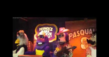 Chuck E. Cheese's Creepy Robot Band Is Breaking Up