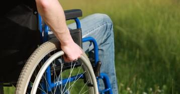Как яхотел помочь парню винвалидном кресле, ночто-то пошло нетак…