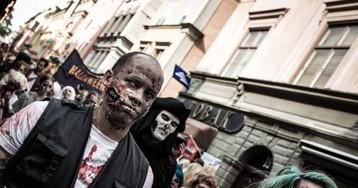 Стокгольм захватили мертвецы. Правда, всего на несколько часов, пока шёл жуткий зомби-парад