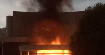 Водитель «УАЗ» сжег кинотеатр в Екатеринбурге из-за фильма «Матильда»