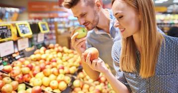 Хотел купить яблок в супермаркете, но ценника не было. Тут мне приходит в голову идея…