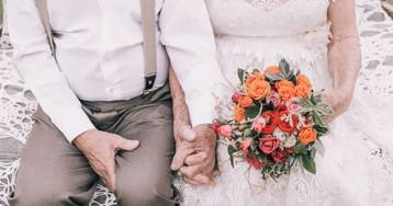 Casal não tinha fotos do dia do casamento e resolve fazer um ensaio 60 anos depois