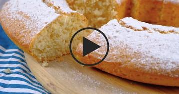 Нежный кокосовый кекс: видео-рецепт