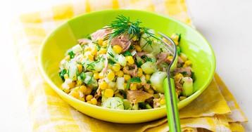Быстрый салат с тунцом и кукурузой