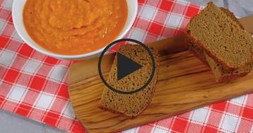 Кабачковая икра, запеченная в рукаве: видео-рецепт
