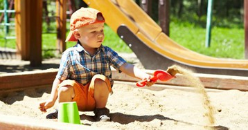 Захват детской площадки