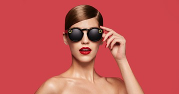 Hundreds of Thousands of Snap Spectacles Are Reportedly Sitting in Warehouses Unsold