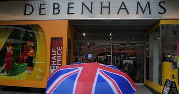 Alarm sounds over state of UK high street as sales crash