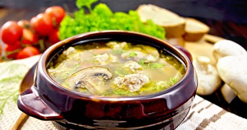 Грибной суп с необычными фрикадельками