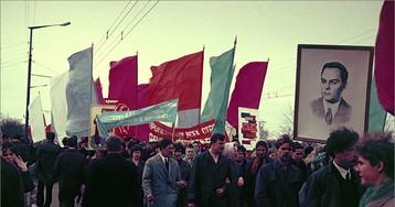 Путешествия по СССР: праздничные демонстрации  в российской провинции