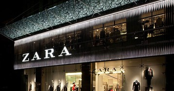 Unpaid Factory Workers Are Hiding Notes Inside ZARA Clothing