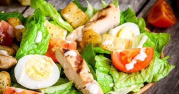"Вкуснейший салат ""Цезарь"" с курицей"