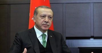 """Эрдоган заявил, что боевики ИГ получили """"кучу долларов"""" от США"""