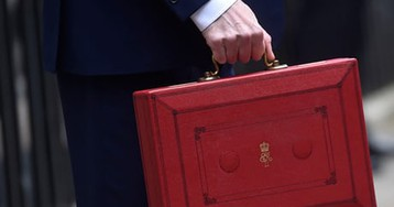 Widening UK budget deficit hands Hammond a headache