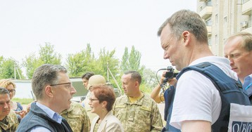 Эксперты: Волкер и Аваков шантажируют Москву миротворцами и коллаборантами
