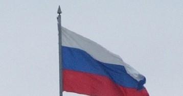 В Луганске на административных зданиях вывесили российские флаги