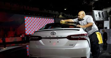 Toyota: Tax Cuts May Prop Up Still-Healthy U.S. Auto Market