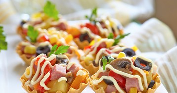 Праздничный салат в тарталетках