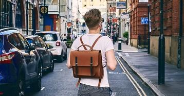Рюкзак — друг человека: как перестать сгибаться под грузом повседневности