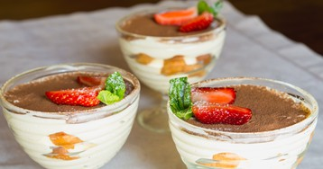 Сливочный десерт с персиками ко Дню Влюблённых