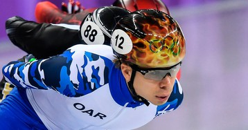 Елистратов выбыл из борьбы за медали на дистанции 1000 метров