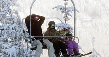 Виктория и Дэвид Бекхэм с детьми отдыхают на горнолыжном курорте