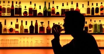 Ученые рассказали, когда человечество победит алкоголизм