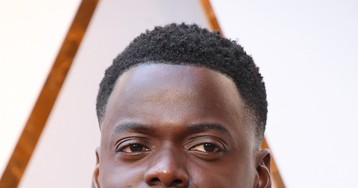 """Get Out"" star Daniel Kaluuya wore Fenty Beauty foundation to the 2018 Oscars"